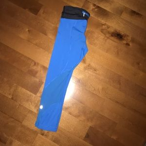 lululemon athletica Pants - Lululemon crop leggings, size 4, blue